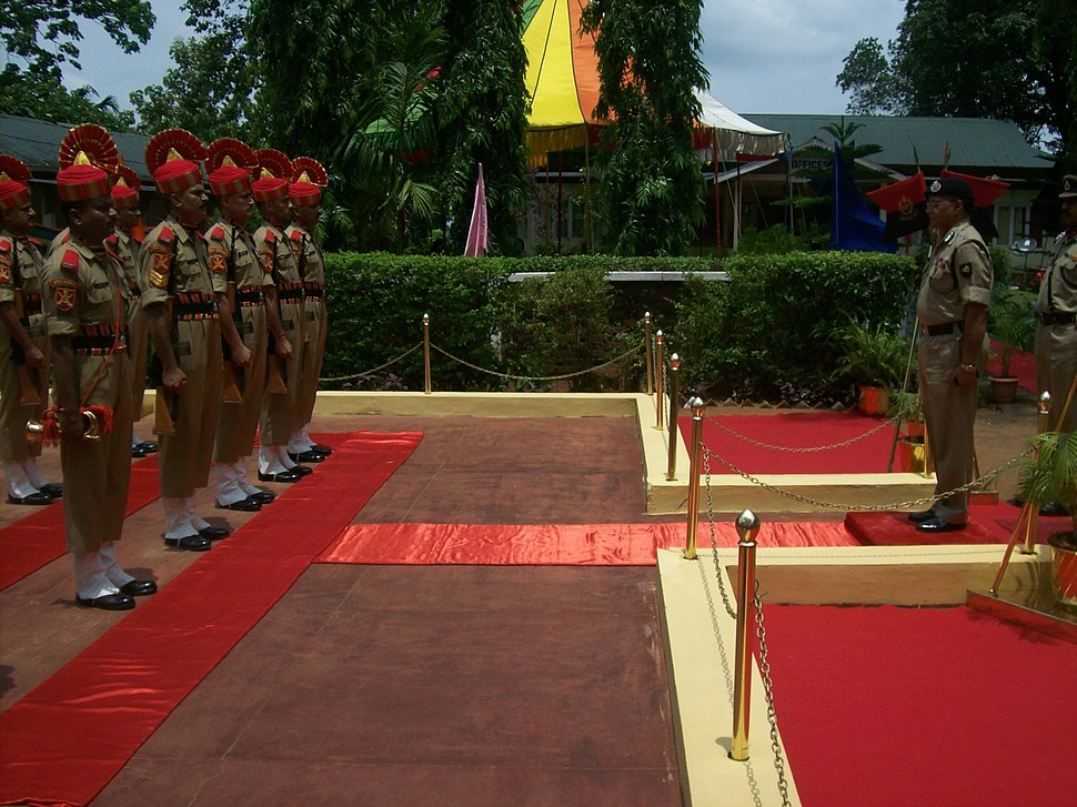 BSF officer inspecting guard of honor