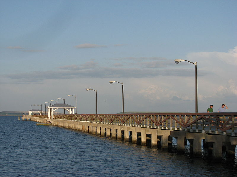 File:Ballast Point Pier 1.jpg