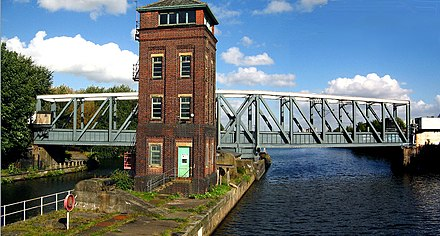 Barton Swing Aqueduct in the closed position Barton Swing Aqueduct.jpg