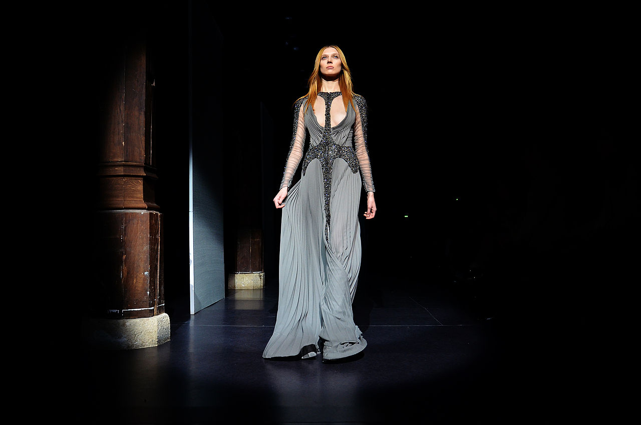 File basil soda spring summer haute couture 2012 38 jpg for Haute couture wikipedia