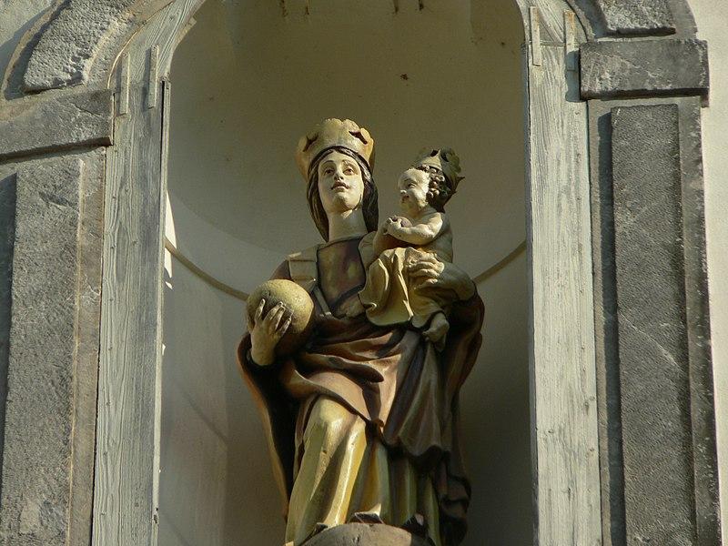 File:Bazilika Navštívení Panny Marie1.jpg