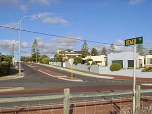 Beach Road, Perth - View east from intersection with West Coast Drive