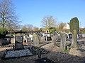 Begraafplaats Veessen (31467710385).jpg