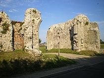 Binham Priory - the gatehouse - geograph.org.uk - 1404152.jpg