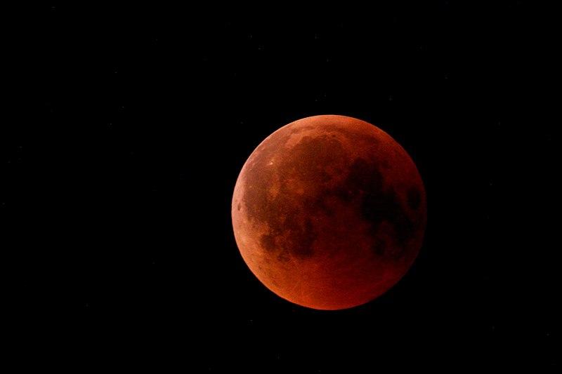 File:Blood moon 73.jpg