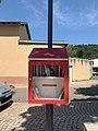 Boîte à livres du quartier Saint-Martin de Miribel (Ain) en juin 2020.jpg