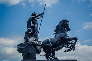 Thomas Thornycroft - Thomas Thornycroft's statue of Boadicea and her Daughters in London.