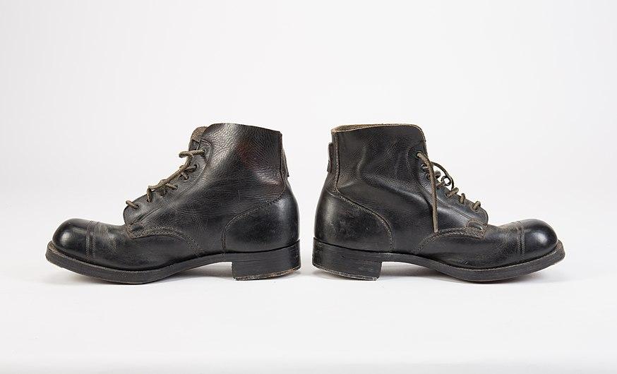 Boots (AM 762134-2).jpg
