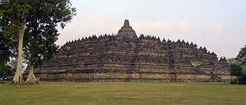 Borobudur-complete
