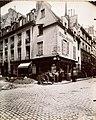 Boulangerie a l'angle de la rue des Ecouffes et de la rue du roi-de-Sicile, a Paris.jpg