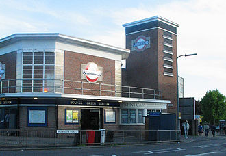 Bounds Green - Bounds Green Underground station
