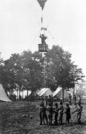 Thaddeus S. C. Lowe - Prof. Lowe ascending in the ''Intrepid'' to observe the Battle of Fair Oaks
