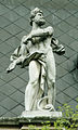 Bratislava skulptura na budove VSVU12b.jpg