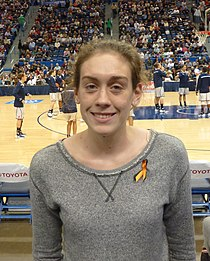 Breanna Stewart at UConn Stanford game.jpg