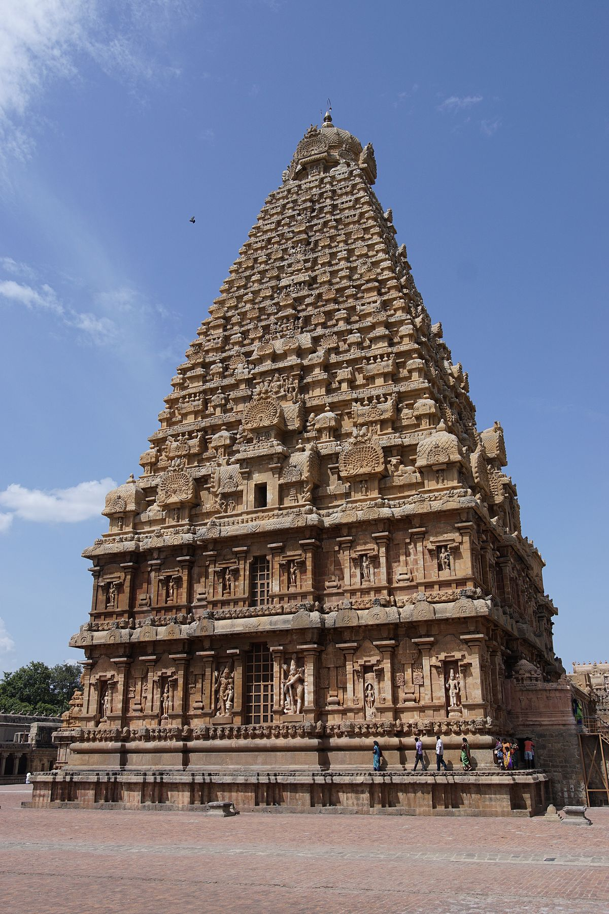 Thanjavur – Travel guide at Wikivoyage