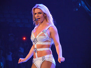 MTV Video Music Award for Best Pop Video - Image: Britney Spears Femme Fatale Tour (Toronto)