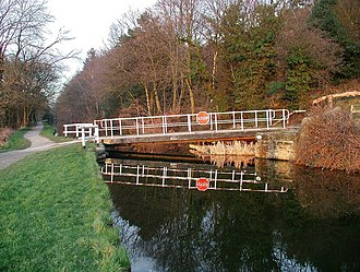 Thackley - Buck Mill Lane bridge and the Leeds and Liverpool Canal
