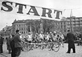 Bundesarchiv Bild 183-10551-0004, Friedensfahrt, Brno, Start.jpg