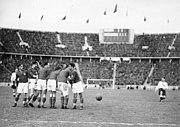 Bundesarchiv Bild 183-2008-0213-500, Berlin, Fußball-Länderspiel Deutschland-Jugoslawien