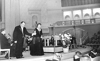 Margarete Klose - Margarete Klose (center)