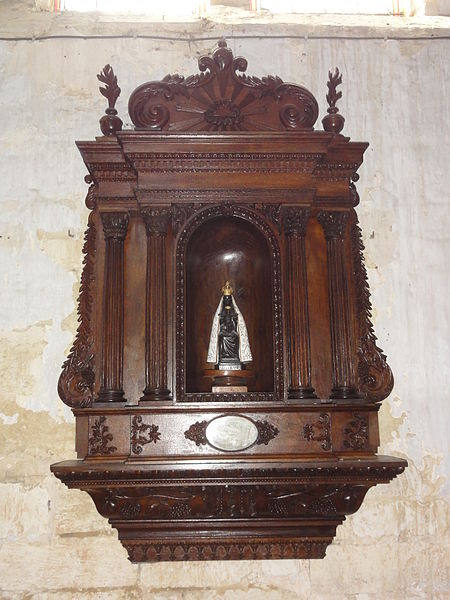 Burelles (Aisne) église statue Vierge noire