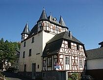 Burg Leubsdorf.jpg