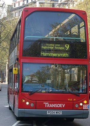 London Buses route 9 - Transdev London East Lancs Myllennium Vyking bodied Volvo B7TL in April 2007