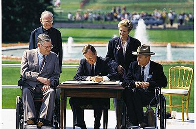 Bush signs in ADA of 1990.jpg