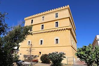 Ventotene - Image: Castello di ventotene (municipio) 02