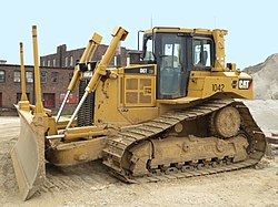 Caterpillar D6T Mississippi River project-01.jpg