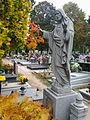 Cemetery Lubon 06.jpg