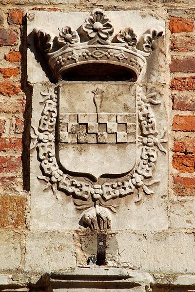 Belgique - Brabant wallon - Château de Rixensart - Blason surmontant le portail de la cour intérieure