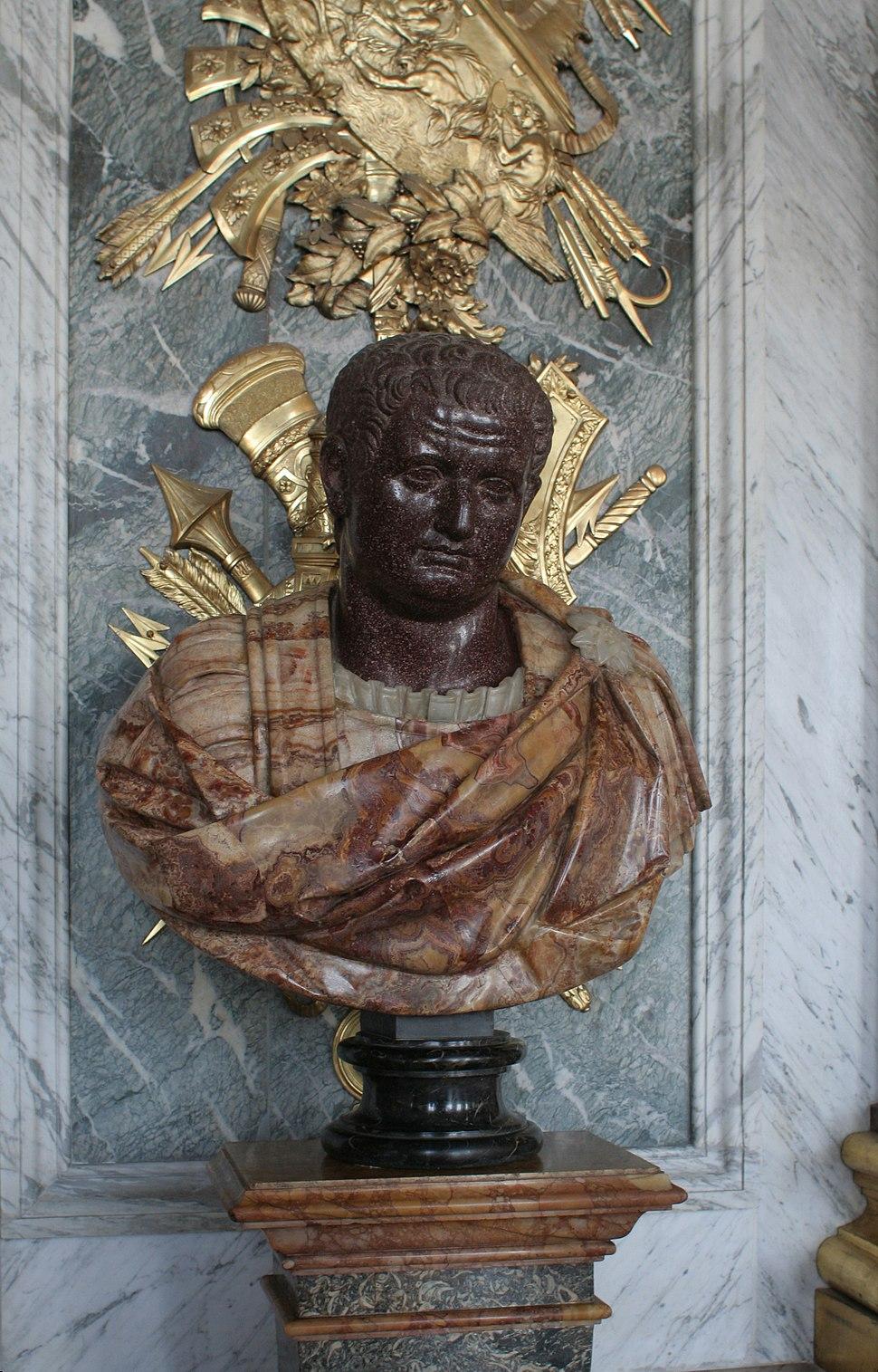Château de Versailles, galerie des glaces, buste d'empereur romain 03 (Titus)