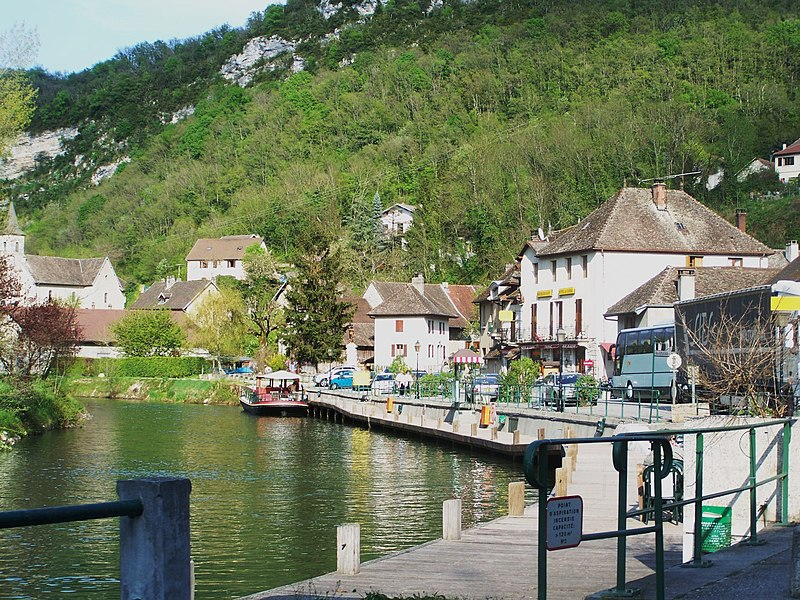 View of French village of Chanaz crossed by the Canal de Savières in Savoie.