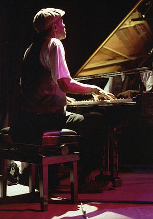 Charles Gayle on piano, 1994-11-14, Paris, Pas...