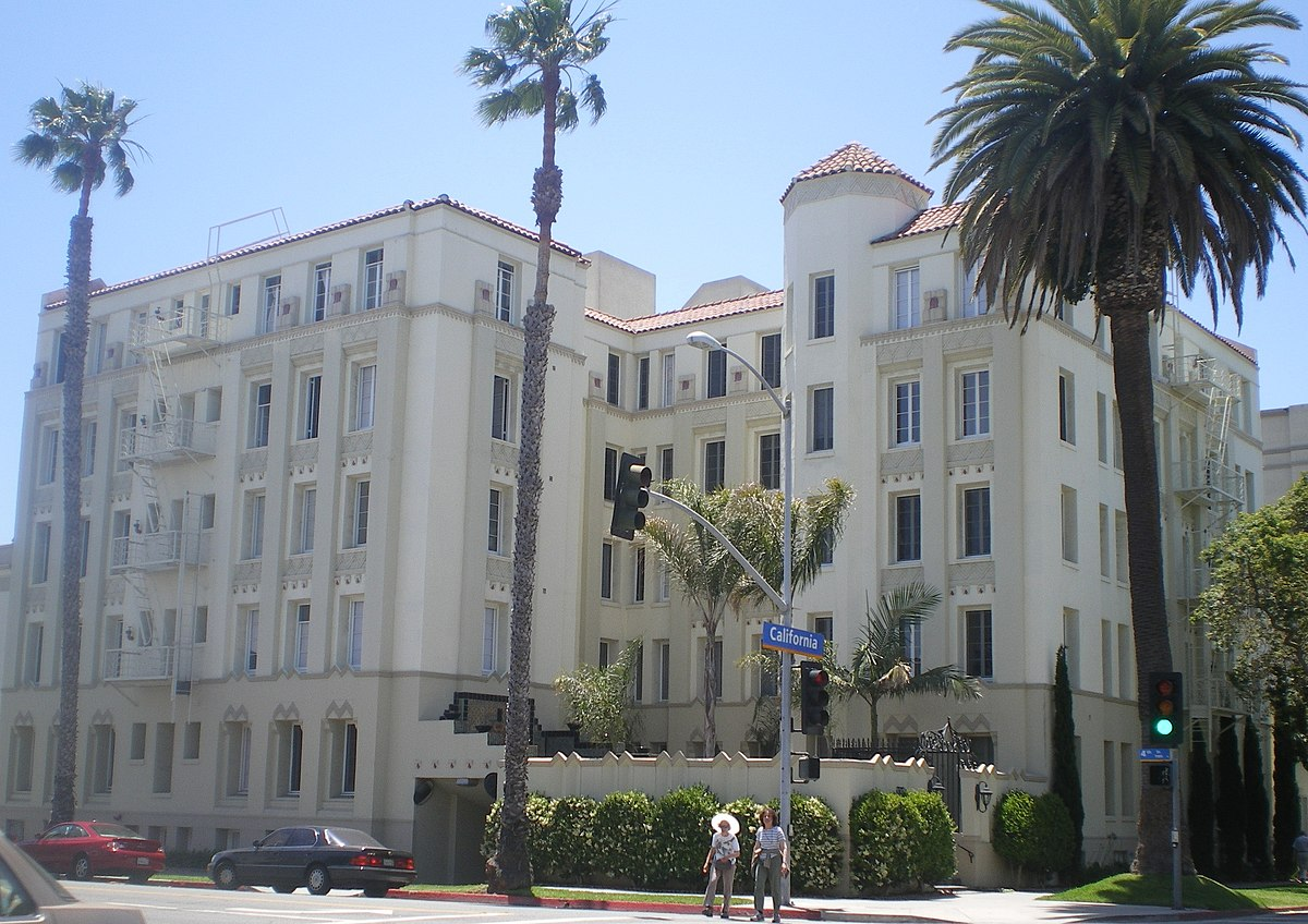 Charmont Apartments - Wikipedia