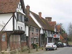 Chiddingstone Village High Street - geograph.org.uk - 151560.jpg