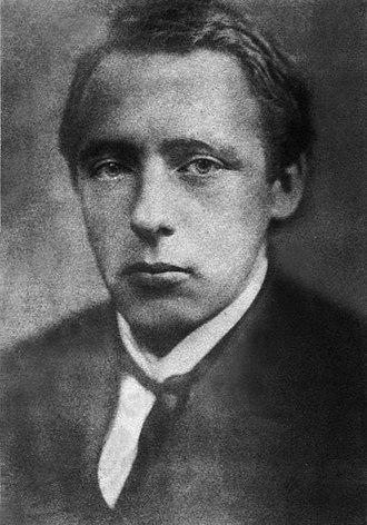 Велими́р Хле́бников (в ряде прижизненных изданий — Велемір, Велемир, Velimir; настоящее имя Виктор Владимирович Хлебников; (28 октября [9 ноября] 1885 — 28 июня 1922)