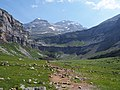 Cirque of Soaso and Monte Perdido - 2013.07 - panoramio.jpg