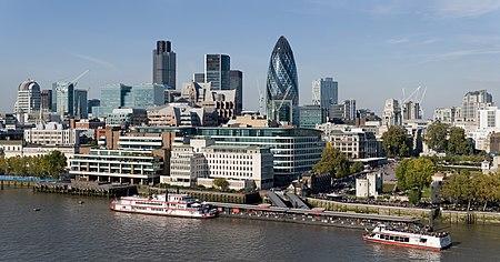 صورة جويّة لمدينة لندن وضواحيها.