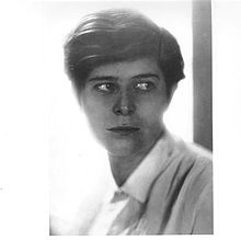 Claire Beck Loos - circa late 1920s - self-portrait.jpg