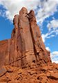 Classic formation in Monument Valley (8225363051).jpg