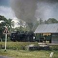 Collectie NMvWereldculturen, TM-20026452, Dia- 'Lokale trein tussen Bukittinggi en Sawahlunto', fotograaf Boy Lawson, 1971.jpg