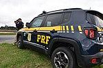 Com radares portáteis, equipe da PRF fiscaliza velocidade na BR-277 (33414427713).jpg