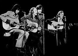 Crosby, Stills, Nash & Young in 1970 (v.l.n.r. Young, Crosby, Nash, Stills)