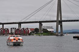 Cunards Queen Elizabeth, Stavanger, Norway. (6006581758).jpg