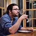 Dégustation vin rouge.jpg
