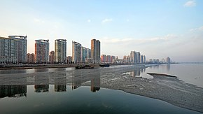 Dandong and Yalu River.jpg