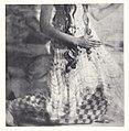 Danseuse sans tête corps à partir du buste à genoux by Adolf de Meyer 1914 extrait de l´album L´après-midi d´un faune édité par Iribe.jpg