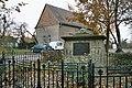 Das Kriegerdenkmal in Wischroda.jpg